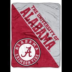 The University Of Alabama warm blanket 40x60 New